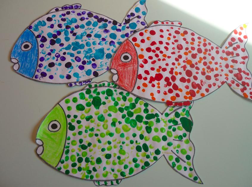 La fresque des poissons g ants les petits z bres - Poisson en maternelle ...